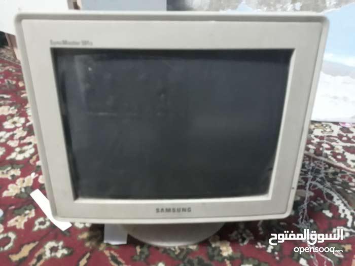 شاشة كمبيوتر سامسونج