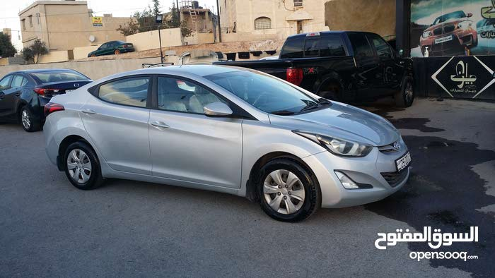Available for sale! 20,000 - 29,999 km mileage Hyundai Elantra 2015
