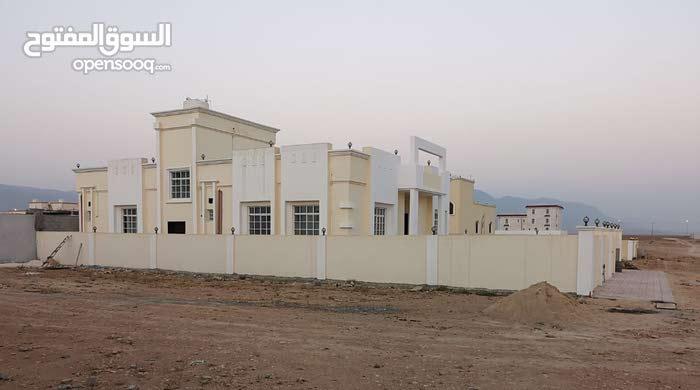 Nothern Sahnout neighborhood Salala city - 250 sqm house for sale