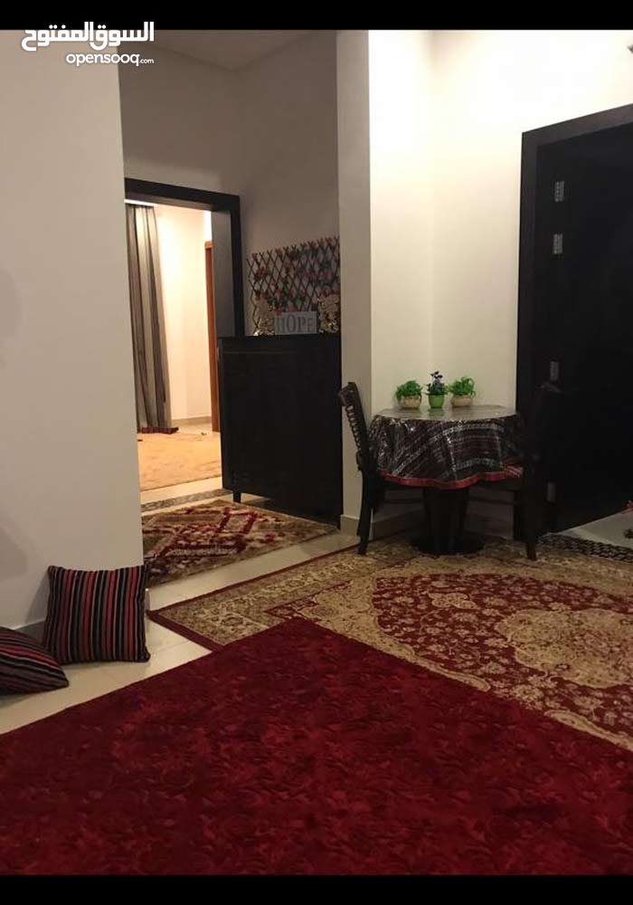 Used Tables - Chairs - End Tables for sale in Muharraq