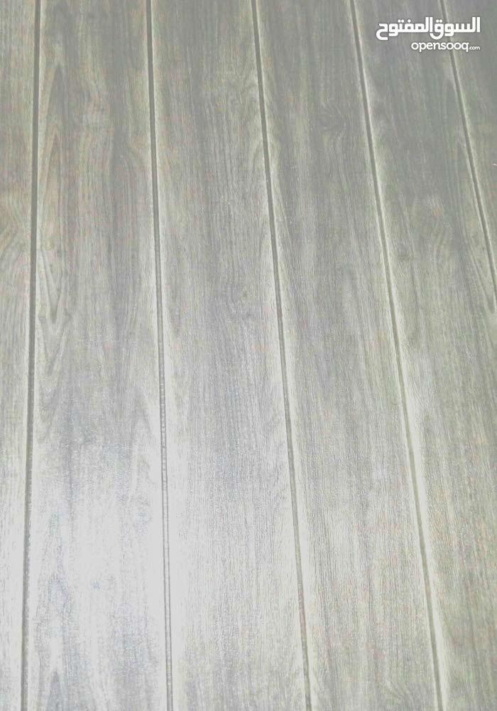بلوكات فوم لاصقه تعطي شكل ظاهري كالواح الخشب