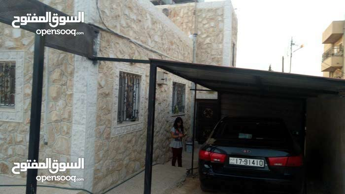 Villa for sale with rooms - Irbid city Kofor Youba - (102853632
