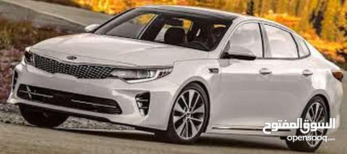 Automatic White Kia 2016 for rent