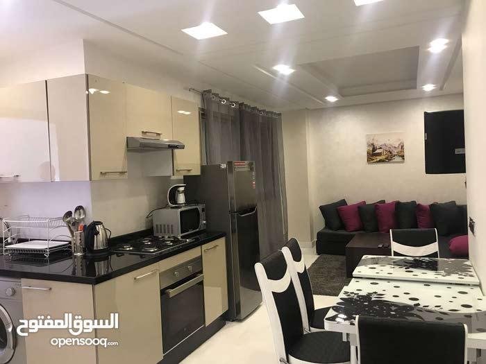 شقة فاخرة للإيجار اليومي بالدار البيضإء ـ المغرب