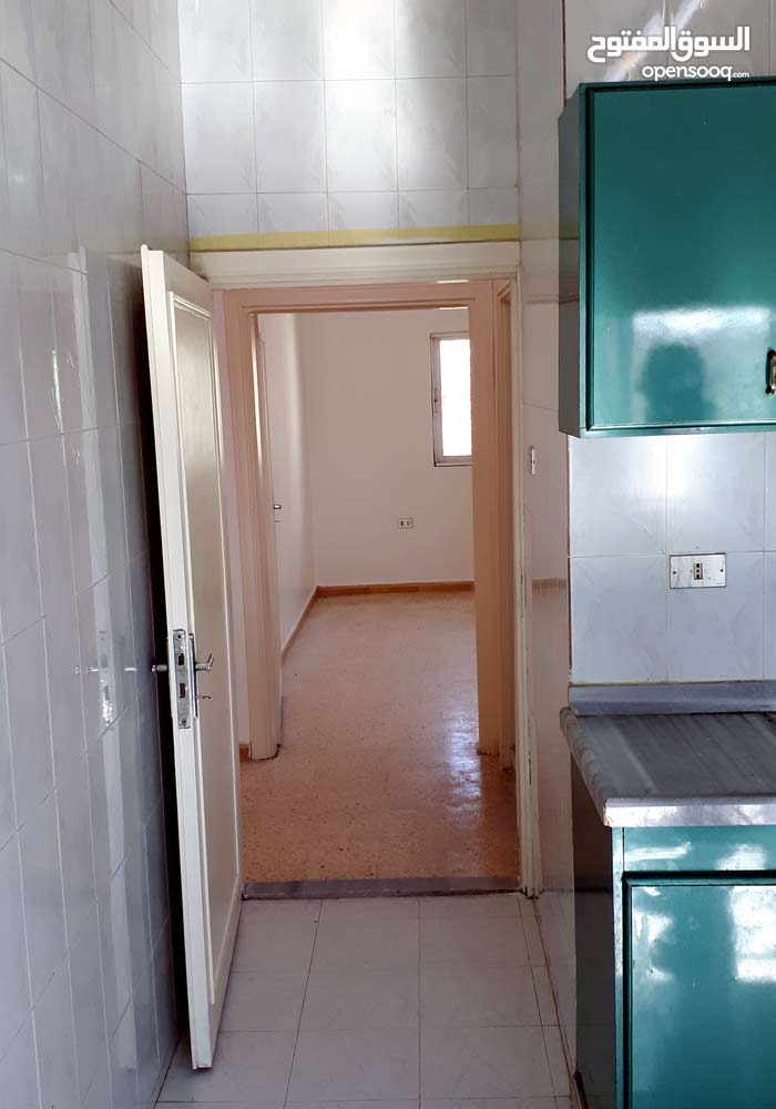 Apartment property for rent Zarqa - Al Zawahra directly from the owner