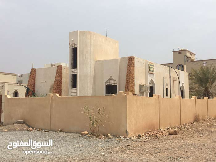 4 rooms Villa palace for sale in Nizwa