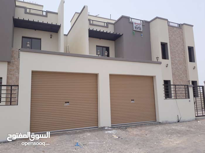 Villa for sale with 5 rooms - Seeb city Al Maabilah