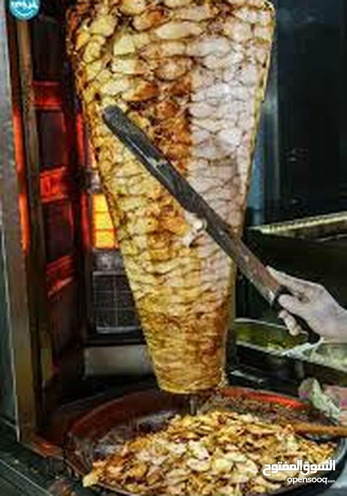 مطعم شورما وسناك للبيع او بدل ع سياره