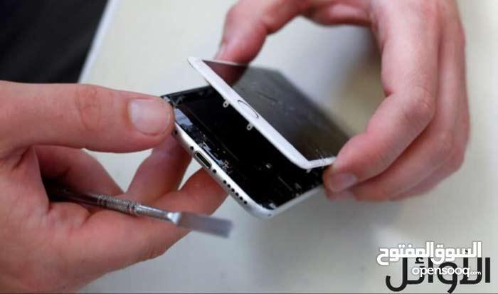 شاشات أيفون بأسعار منافسة وبالتركيب