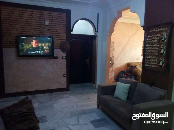 شقة للبيع في ضاحية الرشيد مقابل فندق حرير بالاس