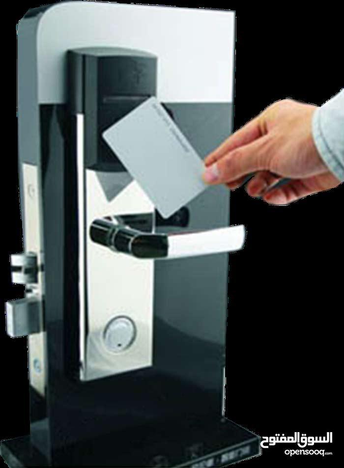 أقفال الفنادق الالكترونية والكوالين تعمل بالكارت والبصمة والرقم السري Security Locks , Hotel Locks