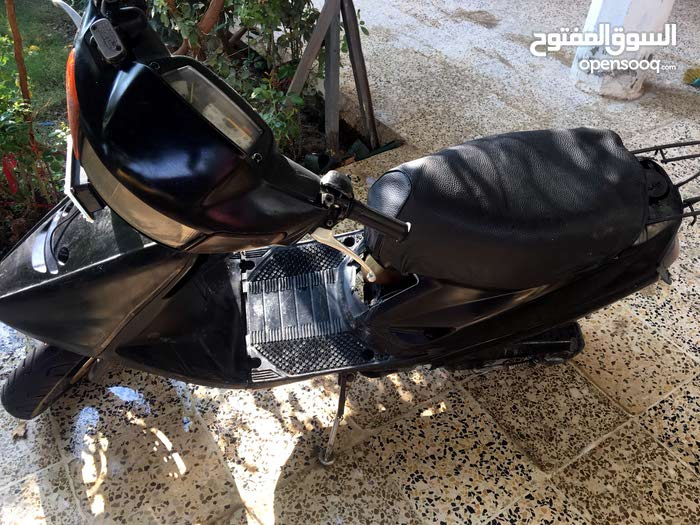 Used Yamaha motorbike up for sale in Baghdad