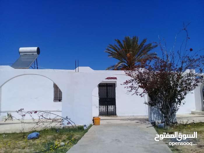 دار للبيع  بجزيرة جربة تونس