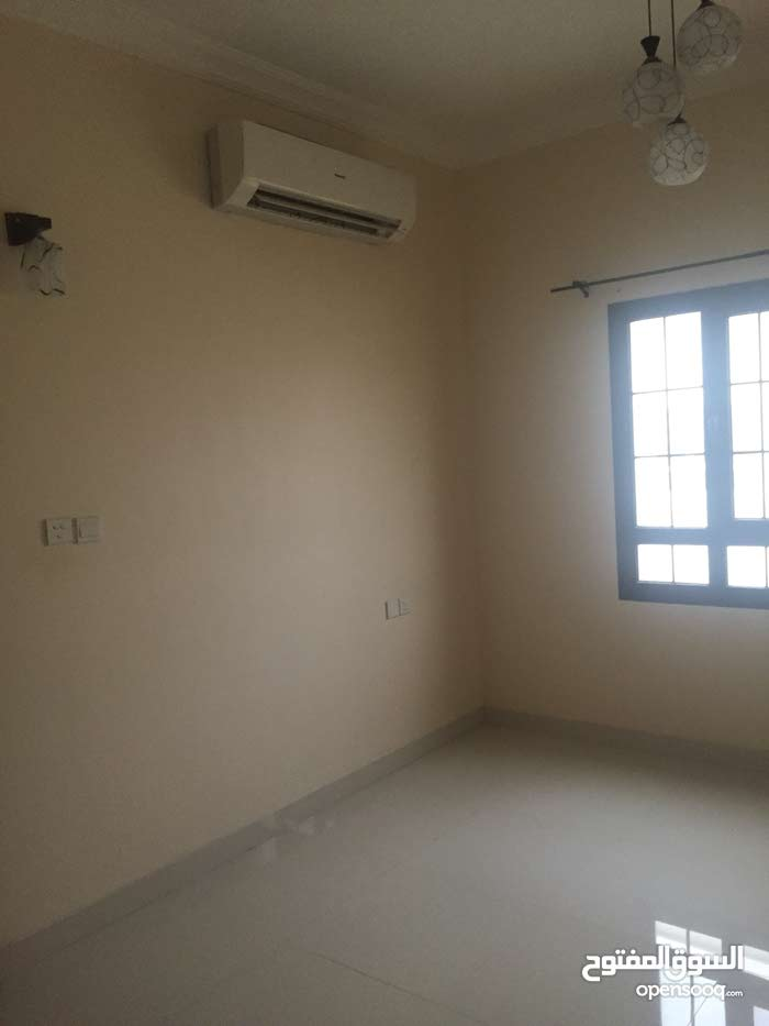 5 Villa palace for rent in Seeb
