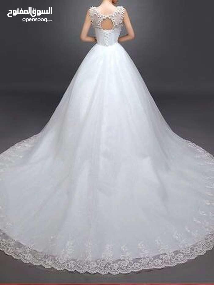 فستان أعراس للإيجار