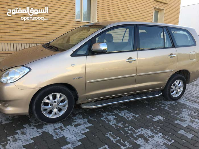 Toyota Innova car for sale 2007 in Kuwait City city