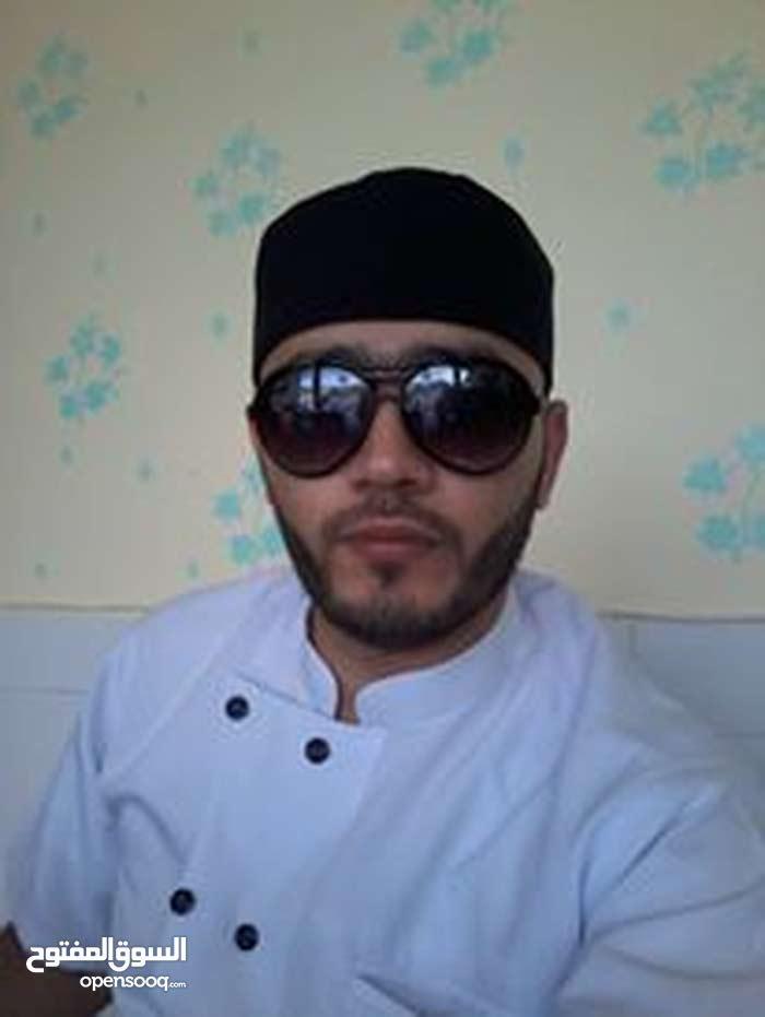 مدير مطعم وجبات سريعه وشيف سندويشات