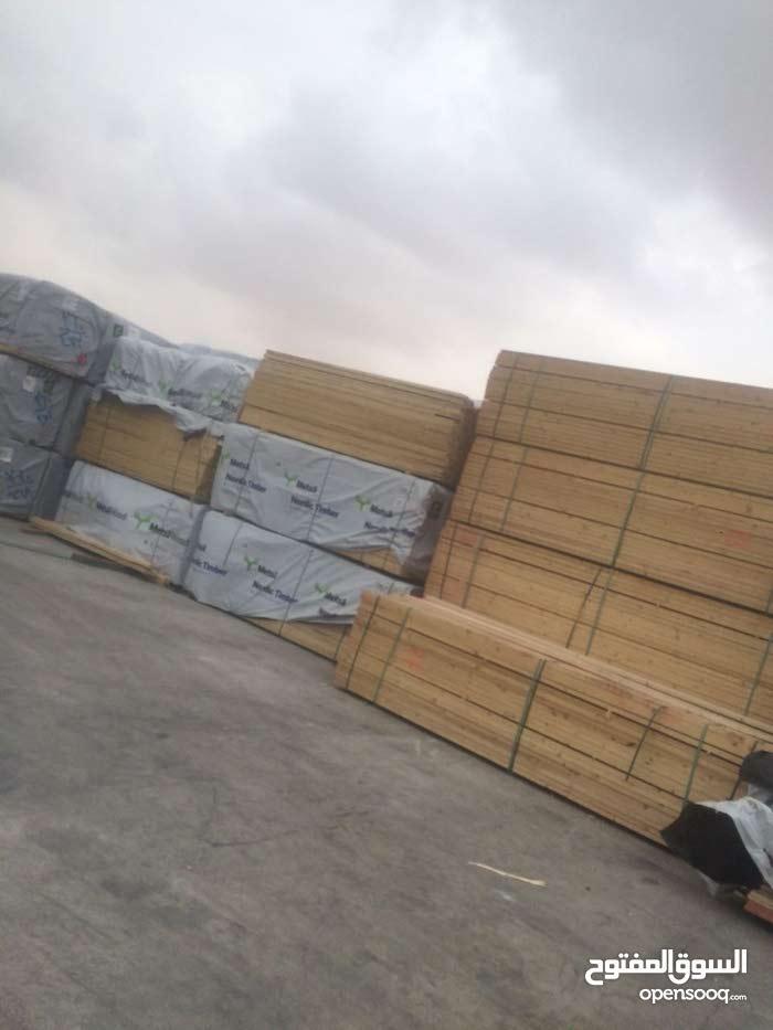 اخشاب طوبار وجكات وخلاطات وكل ما يلزم البناء للايجار