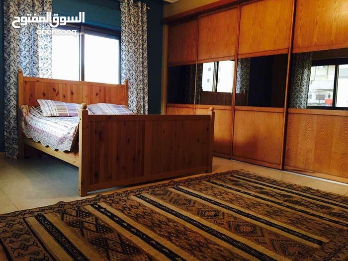 Top notch elegant one floor plan apartment for lease