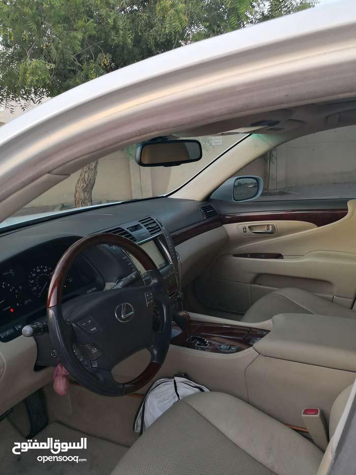 +200,000 km Lexus LS 2008 for sale