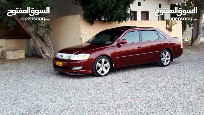 Toyota Avalon 2000 For sale - Maroon color