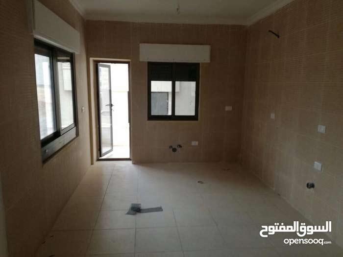 شقة  للبيع طريق المطار 117 متر حي الصحابة