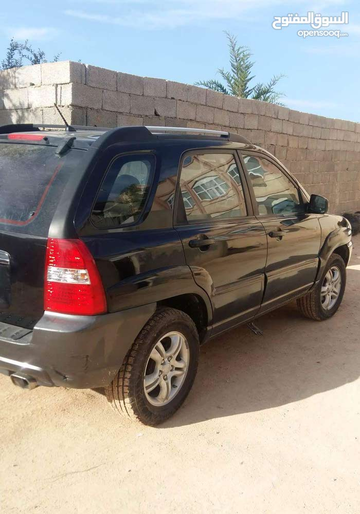 Used Kia Sportage for sale in Al-Khums