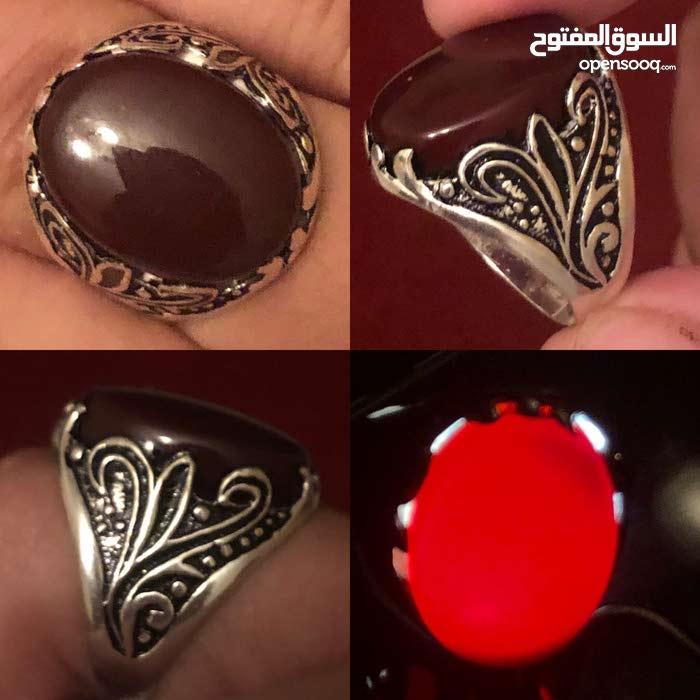 خاتم فضه عيار 925 بحجر عقيق كبدي صافي