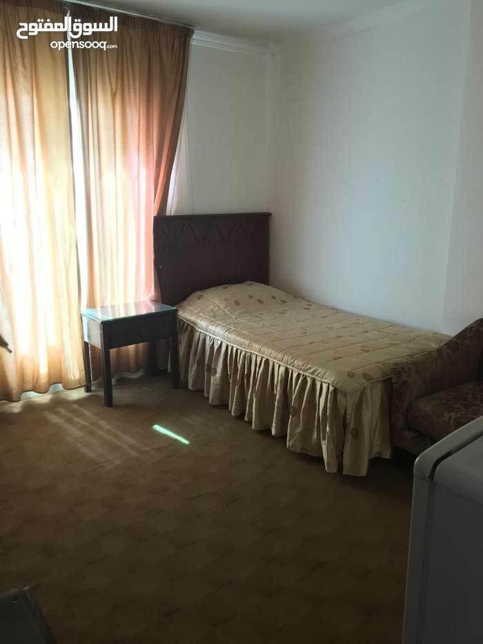 apartment for rent in Amman city University Street