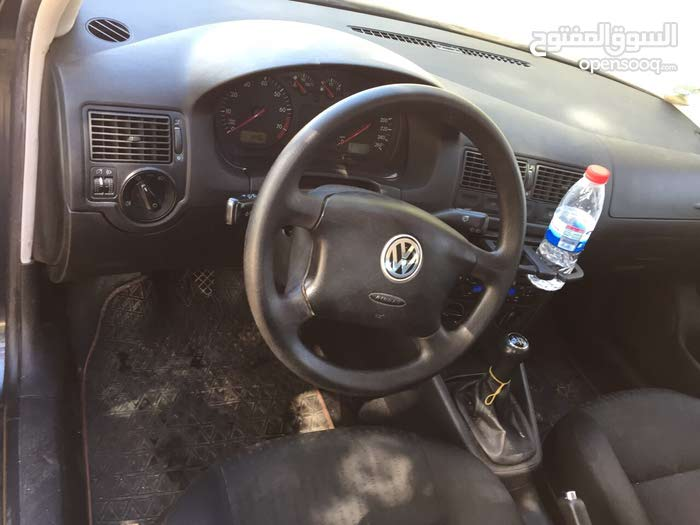 Volkswagen Golf 2001 for sale in Zawiya