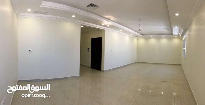 for rent full floor 3 bedrooms in Bayan 700 KD