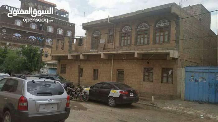 بيت مسلح شارعين 10 لبن بشارع الجزائر وقريب من ش بغداد
