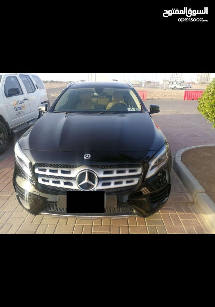 Mercedes Benz GLA 2018 For sale - Black color - (107184178) | Opensooq