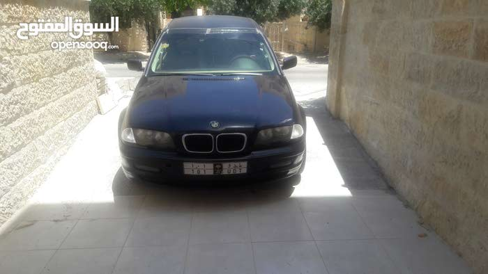 Automatic BMW 2000 for sale - Used - Al Madinah city