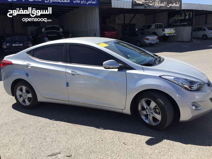 Hyundai Avante 2015 For Rent - Silver color