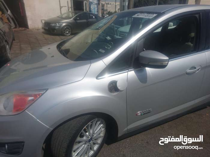 Ford S-MAX made in 2013 for sale