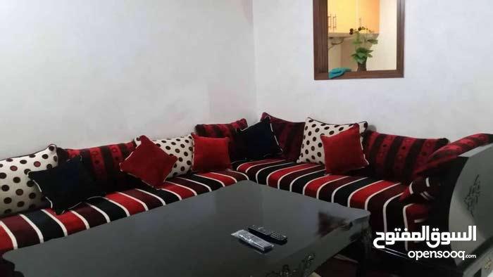 شقة رائعة وجميلة للايجار باكدال