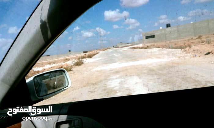 قطع اراضي في شارع الاستراحات الفعكات