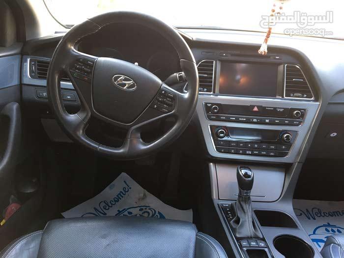 Available for sale! 10,000 - 19,999 km mileage Hyundai Sonata 2016
