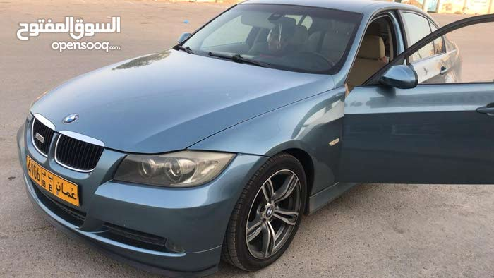 BMW 320 car for sale 2008 in Muscat city