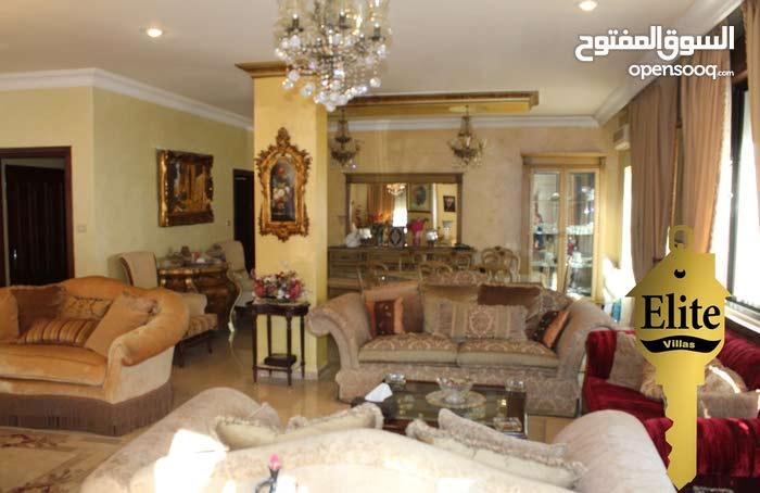 فيلا متلاصقه للبيع في الاردن - عمان - تلاع العلي مساحة 500م