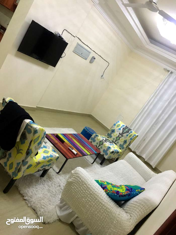 Al Maabilah neighborhood Seeb city - 101 sqm apartment for rent