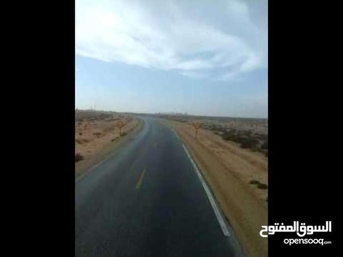 ارض طريق طانطان كلميم 8000 هكتار استخدام متعدد محفظه 5 دراهم للمتر قابل للنقاش