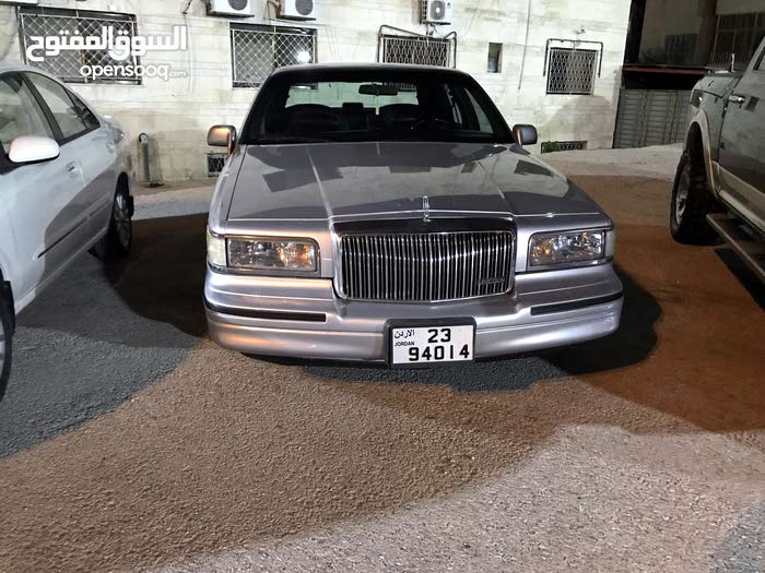 hand seat used second lincoln town en limousine limited body autovlan long car stretch