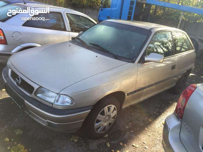 Opel Astra 1998 - Benghazi
