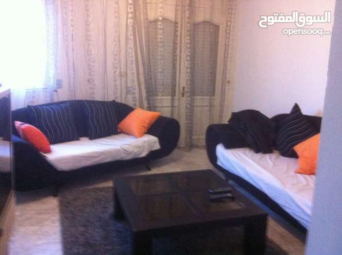 شقة مؤثثه  تونس العاصمة