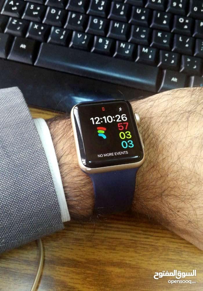 Apple Watch Series 2 مستعملة بحالة جيدة جدا