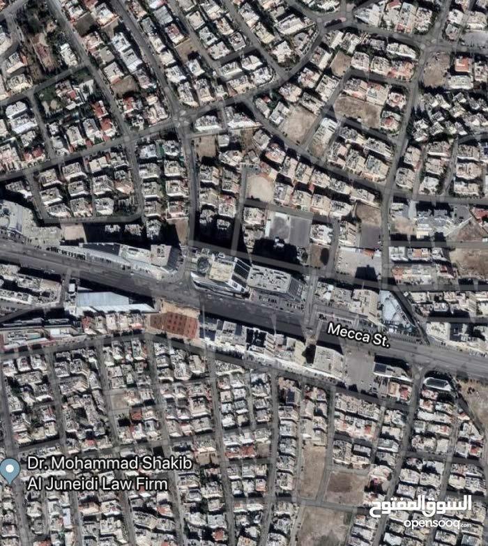أرض تجاري للبيع في شارع مكه بسعر مغري