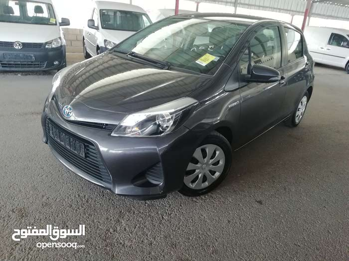 Best price! Toyota Yaris 2013 for sale
