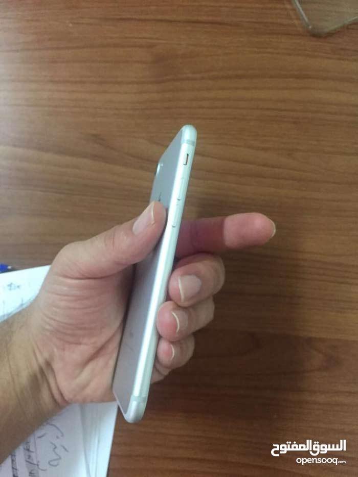 ايفون 7 256 جيجا لون سلفر للبيع